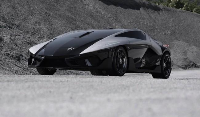 Итальянским автомобильным ателье построен гиперкар с аквариумом