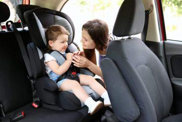 Детское автокресло в автомобиль